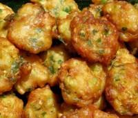 Buñuelos de lechuga con salsa tártara