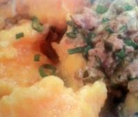 Sabrosos Malfatis de calabacín con salsa de verdeo y ternera