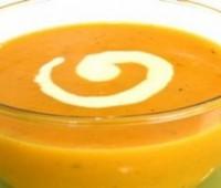 Sopa de zanahorias y calabazas con tomillo para combatir el frio