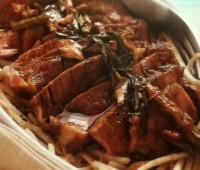 Churrascos de vaca con salsa de teriiyaki