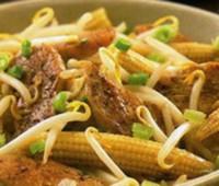 Pollo con cinco especias y con hortalizas