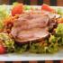 Ensalada con pechuga de pollo para compartir con amigos