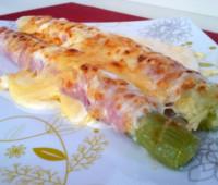 Riquísimos Puerro con jamón y queso gratinado