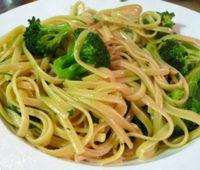 Que rico!!! Fideos con oliva, ajo y brócoli