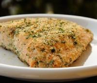 Filet de salmón gratinado