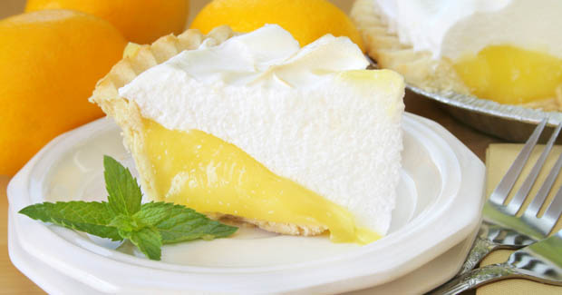 Lemon-meringe-pie-620x325
