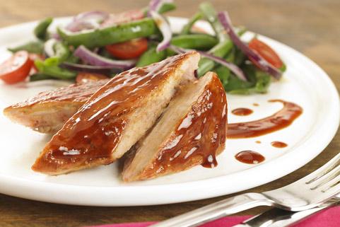 1605-560885-cerdo-laqueado-mermelada-frutillas-ketchup-hellmanns