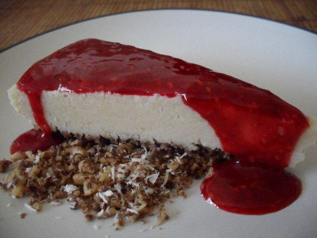 cheesecake con salsa frambuesa