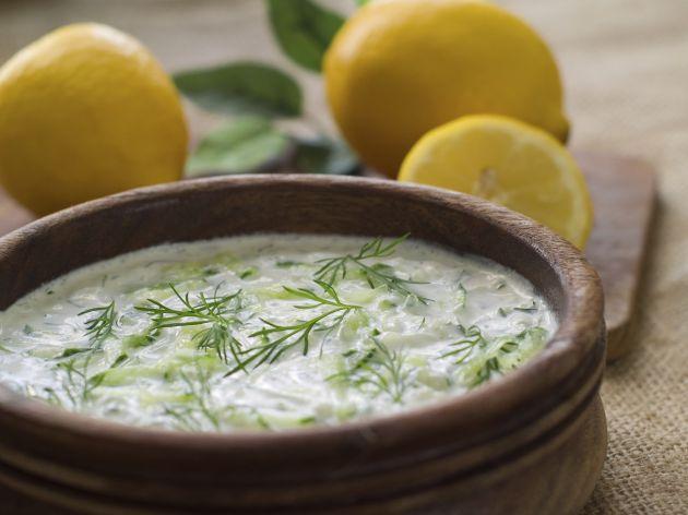 salsa-con-yogur-y-queso-para-ensaladas-o-apetivos-3