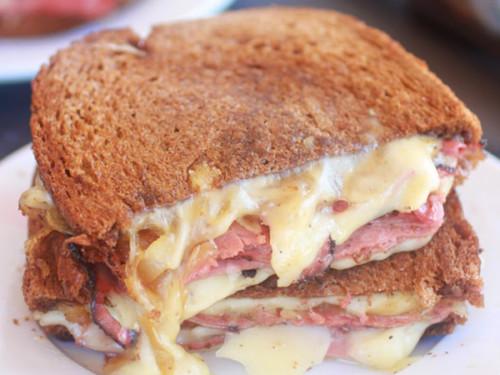 SandwichesCuatroQuesos