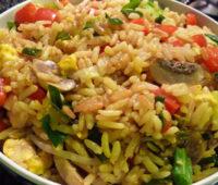 Riquísimo arroz con champiñones para compartir