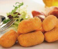 Deliciosas croquetas de jamón y pollo para disfrutar con amigos
