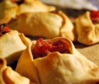 Deliciosas empanadas árabes para compartir con amigos